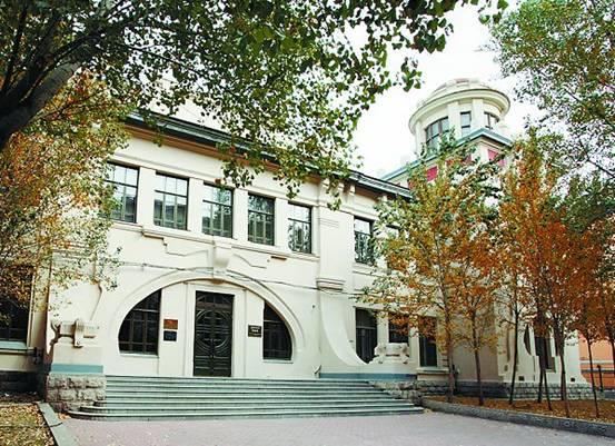 哈尔滨工业大学土木楼-哈工大博物馆-历史在百年老楼延伸图片